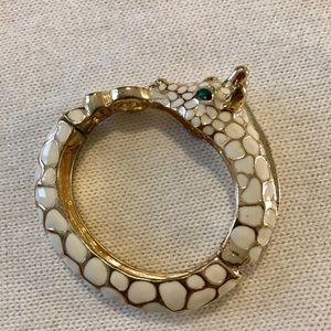 Giraffe Enamel Bracelet Clamp Style
